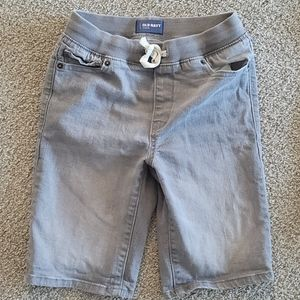 Boys pull on Jean shorts. Size 10-12 old navy.
